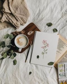 What's your favourite flowers? I love wildflowers along with poppies, peonies, sunflower, jasmine and ranunculus💐 . Spring, the season of… Flat Lay Photography, Coffee Photography, Creative Photography, Book Aesthetic, Aesthetic Photo, Artist Aesthetic, Book Flatlay, Flat Lay Inspiration, Study Inspiration
