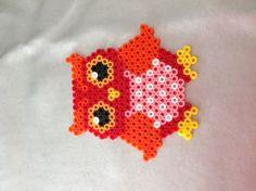 Uiltje voor op dochtertjes slaapkamer-deur by  JoyceTresoor / Owl hama beads, photo inspiration only