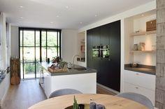 Moderne Maatkeuken met apparatenwand - Lilly is Love Kitchen Decor, Kitchen Inspirations, Interior Design Kitchen, Home Kitchens, Home, Kitchen Design, Black Kitchens, Dinner Room, Home Decor