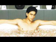 Shah Rukh Khan's HOT BATHING scene in Main Hoon Na 2