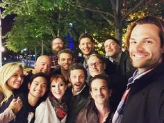 Supernatural  hours ago Brazil conhecer parte desse elenco Translated from Portuguese by Bing Wrong translation? meet part of this cast Castiel, Supernatural Actors, Supernatural Quotes, Sherlock Quotes, Sherlock John, Sherlock Holmes, Supernatural Seasons, Supernatural Drawings, Spn Memes
