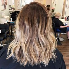 Nails Ombre Balayage 34 Ideas Informations About Nails Ombre Balayage 34 Ideas Pin You can ea Best Ombre Hair, Brown Ombre Hair, Ombre Hair Color, Ombre Short Hair, Cabelo Ombre Hair, Balayage Hair, Short Balayage, Medium Hair Styles, Short Hair Styles