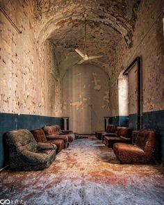 Abandoned lobby