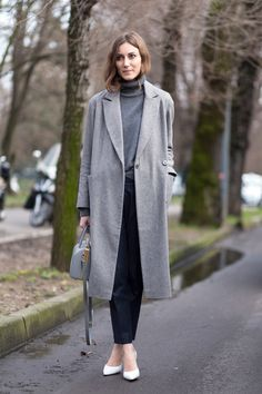 Seven Stylish People Who Prove That All You Need This Autumn Is A Perfect Grey Jumper  (via @TheDebrief) #streetstyle