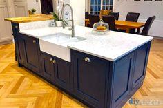 An Innova Helmsley Light Grey & Hague Blue Inframe Kitchen Inframe Kitchen, Shaker Kitchen, Kitchen Living, Kitchen Cabinets, Kitchen Ideas, Hague Blue Kitchen, Kitchen Diner Extension, Dream House Interior, Diy Furniture Plans