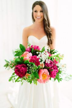 Stunning bright pink and coral bouquet by Everly Alaine Florals! // Jeff Brummett Visuals. #bridesofnorthtx #wedding #bouquet