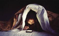 Sinaran dipancarkan telefon bimbit boleh mengakibatkan buta