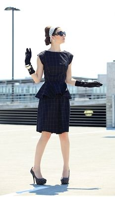 Its A Mod World Vintage and Retro Clothing | Block Out Blouse
