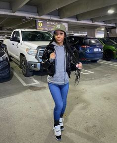 Girls Winter Fashion, Black Girl Fashion, Tomboy Fashion, Streetwear Fashion, Tomboy Style, Cute Swag Outfits, Winter Outfits, Matching Outfits Best Friend, College Outfits