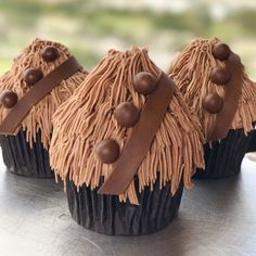 At Disney World, Star Wars fans can pick up Chewbacca-inspired cupcakes, or Chewbaccakes, created by the genius pastry chefs at the Contemporary Resort . Not only have they figured out how to get the perfect ratio of cupcake to frosting in every bite with this clever cupcake hack, but they've given these cupcakes that special Chewie touch that we all can appreciate.     Related: Your Disney-Loving Heart Is Going to Freak Out Over These Cute Macarons Get Your Disney Fix With This Supercute...