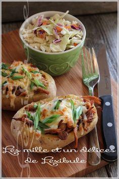 les milles & un délices de ~lexibule~: ~Pommes de terre au four et effiloché de porc barbecue~ Mets, Pork Recipes, Barbecue, Ethnic Recipes, Food, Pulled Pork, Apples, Salad, Kitchens
