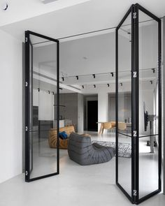 Do you love modern architecture? There are so many reasons why modern design is so popular. Here is some design inspiration for your modern home. Home Interior Design, Interior Architecture, Interior Doors, Modern Interior, Zeitgenössisches Apartment, White Apartment, Contemporary Apartment, Industrial Interiors, Industrial Shop