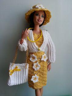 vêtement poupée mannequin Barbie (341)