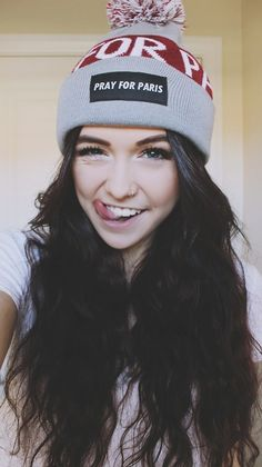I lied. This will be the last post Ill try to post like 1-3 edits or pictures of Acacia on the weekdays