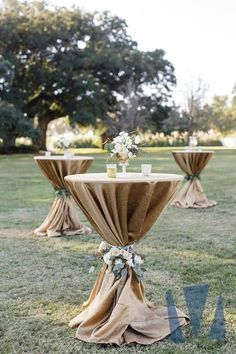 Wedding Outside: That's what you have to think about when you celebrate in t. wedding decor outdoor Wedding Outside: That& what you have to think about when you celebrate in t. Cocktail Wedding Reception, Cocktail Tables, Cocktail Table Decor, Reception Party, Wedding Reception Layout, Outdoor Cocktail Party, Barn Wedding Venue, Trendy Wedding, Dream Wedding
