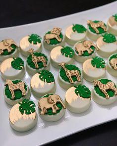 Safari Birthday Cakes, Jungle Theme Birthday, Wild One Birthday Party, Baby Birthday, Baby Shower Treats, Boy Baby Shower Themes, Baby Shower Cupcakes, Baby Boy Shower, Safari Baby Shower Cake