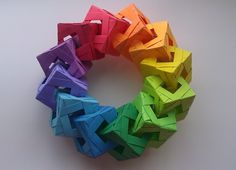 A tutorial for one unit of the diamond-window cube ring. Origami Store!!: http://www.etsy.com/shop/TheOrigamiBanana?ref=l2-shopheader-name Where I got the id...