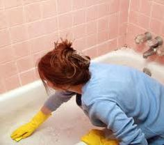 When cleaning your fiberglass tub, it is important to not scratch the surface. Finding the right cleaning methods will help you keep your tub looking nice. This is a guide about cleaning a fiberglass tub. Cleaning Mold, Bathroom Cleaning Hacks, Cleaning Tips, Cleaning Recipes, Cleaning Supplies, Cleaning Services, Cleaners Homemade, Diy Cleaners, Green Cleaners