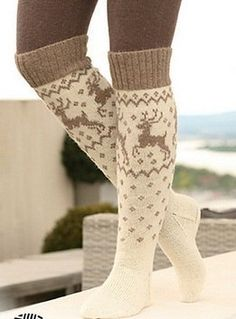 Модели вязания: Гольфы с оленями