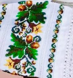 Ely, Costumes, Cross Stitch Designs, Dots, Flowers, Manualidades, Dress Up Clothes, Fancy Dress, Men's Costumes