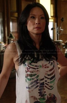 Joan's white skeleton graphic tank top on Elementary.  Outfit Details: http://wornontv.net/27772/ #Elementary