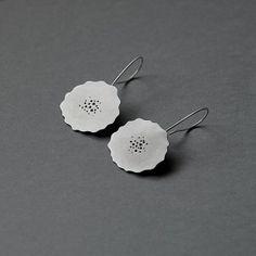 Handmade by Rita Rodner. Jewelry Art, Silver Jewelry, Silver Rings, Jewellery, Dangle Earrings, Crochet Earrings, Hand Piercing, Flower Shape, Handmade Necklaces