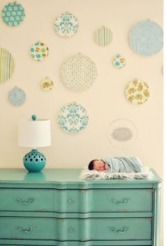 j'aime la couleur de la commode pour une chambre de bébé gars