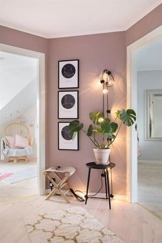The renovation of a house in pastel colors - PLANETE DECO .- Die Renovierung eines Hauses in Pastellfarben – PLANETE DECO eine Wohnwelt – The renovation of a house in pastel colors – PLANETE DECO a living environment – colors - Decor Room, Bedroom Decor, Mauve Bedroom, Wall Decor, Bedroom Furniture, Pink Master Bedroom, 50s Bedroom, Beauty Room Decor, Fall Bedroom
