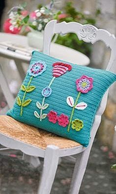 Watch This Video Beauteous Finished Make Crochet Look Like Knitting (the Waistcoat Stitch) Ideas. Amazing Make Crochet Look Like Knitting (the Waistcoat Stitch) Ideas. Crochet Cushion Pattern, Crochet Cushion Cover, Crochet Cushions, Crochet Pillow, Crochet Blocks, Afghan Patterns, Square Patterns, Knitting Patterns, Crochet Hearts