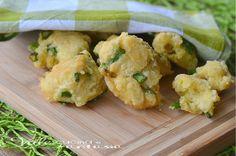 Frittelle di asparagi e ricotta ricetta veloce golose croccanti e morbide allo stesso tempo, ideali per antipasti,aperitivi, cenette veloci