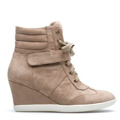 I might like these if the heel wasn't so high.  They look like they might be comfy.