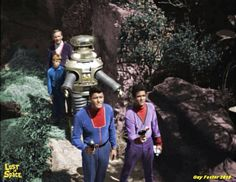 . Space Tv Series, Space Tv Shows, Space Hero, Sci Fi Movies, Action Movies, Star Trek Ships, Lost In Space, Vintage Tv, Irwin Allen