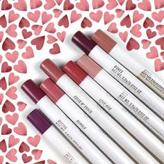 Heart eyes all day for our Lippie Pencils  @selinamakeup
