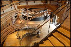 La magistrale est architectural escalier est signé Patrick Jouin ©JulienBinz