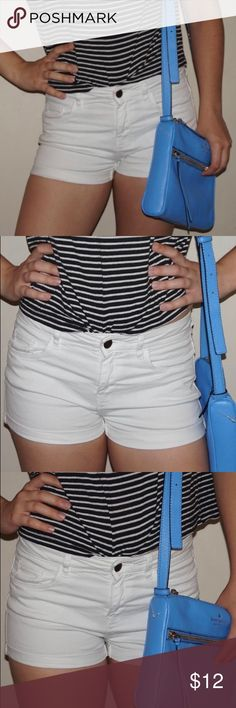 """White H&M Cotton Jean Short-Shorts *HAS TWO SMALL STAINS ON BACK OF SHORTS. SEE LAST 2 PICTURES* These 98% cotton white jean shorts are absolutely perfect for brunch or any summertime activity. They are a size 2. NOT DISTRESSED. They have a good amount of Stretch but aren't """"jegging"""" material. The length from the top of the shorts (the top of the waistband) to the hem is about 9 in, so I would consider them rather short. UPDATE: The stains did not come out. 😔In my opinion they are not that…"""