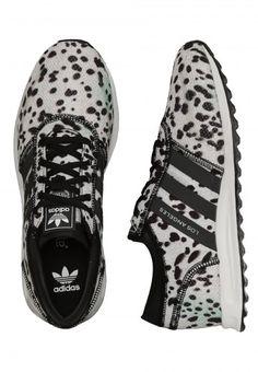 Adidas - Los Angeles J Core Black/Core Black/FTWR White - Girl Shoes - Vegan Shoes - Teaser - Impericon.com UK