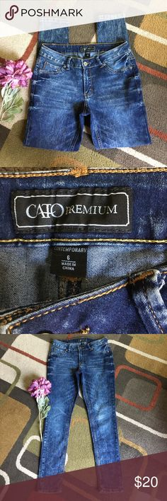 """CATO Jean leggings🌺 Style is """"contemporary""""🌺 material is 77% cotton 22% polyester 1% spandex 🌺lying flat waist measures 15.5"""" 🌺 rise is 8"""" 🌺inseam is 29"""" 🌺 super soft🌺wear cuffed or straight🌺 CATO Premium Jeans"""