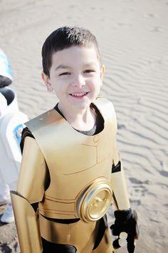 The Wishful Artist: Homemade Costume Tutorial: Star Wars C3PO