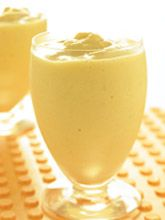 Mango Banana Soy Smoothie | Soyconnection