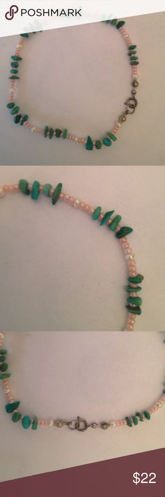 Pearl &turquoise ankle bracelet Tiny pearls with delicate slivers of turquoise to decorate your pretty ankle! Jewelry