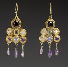 Byzantine earrings, c. 600