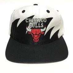 Chicago Bulls, Nba, Baseball Hats, Fashion, Caps Hats, Moda, Baseball Caps, Fashion Styles, Fashion Illustrations