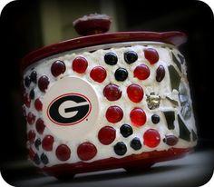 Georgia Bulldogs crock pot.