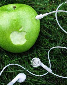 Creative Ad for Apple | Propel Marketing