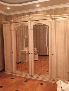 Дорогой спальный гарнитур – купить в Краснодаре, цена 200 000 руб., дата размещения: 24.02.2017 – Кровати