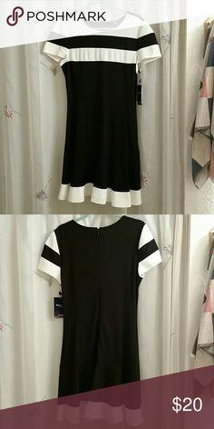 Peter Som dress Black and white, super cute Peter Som  Dresses Midi