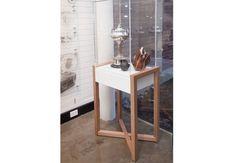 Museum - display case with oak legs Museum Display Cases, Museum Displays, Foyer Design, Furniture Design, Objects, Legs, Bridge