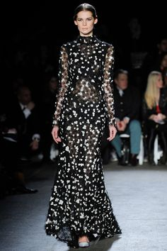 Christian Siriano   Fall 2014 Ready-to-Wear Collection   Style.com