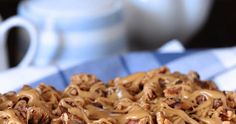 This Date Coffee Cake with Walnuts and Espresso Glaze is so rich and full of flavor, you'll enjoy it with coffee for breakfast or a salad wi. Sweet Recipes, Cake Recipes, Dessert Recipes, Desserts, Nutella Chocolate Chip Cookies, Dinner Bread, Blueberry Cookies, Date Cake, Cake Board