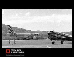 El Airbus A320 y el Douglas DC-3. Momento histórico para la aviación nacional al encontrarse el pasado con el futuro. Aviones de LACSA, principio de los 90s.